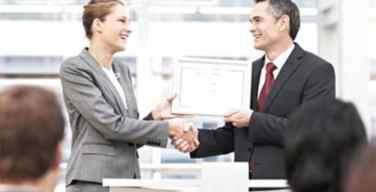 CommScope-y-Kathrein-firman-contrato-extensivo-de-licencia-cruzada