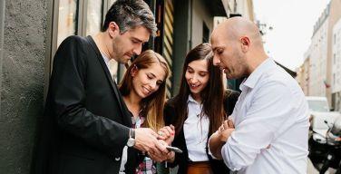Mantenga-a-los-influencers-digitales-cerca-de-su-negocio