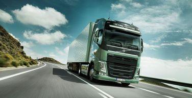 Volvo-Trucks-entregó-primeros-camiones-Euro-5-en-Perú