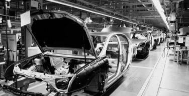 Regulación-y-Demanda-principales-riesgos-para-la-industria-automotriz