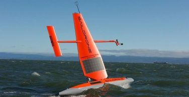 Saildrone-amplia-su-flota-mundial-de-drones-oceánicos-a-vela