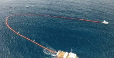 Construyen-dispositivo-marino-para-recolectar-desechos-plásticos-del-océano
