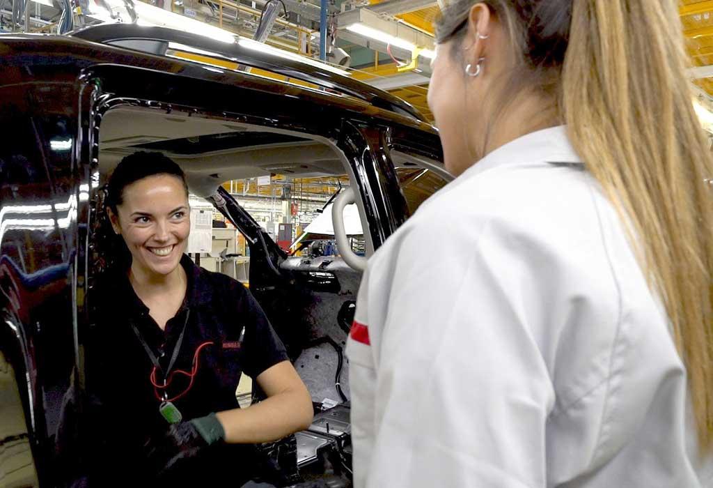 Mujeres-Nissan--innovadoras,-exitosas,-competitivas