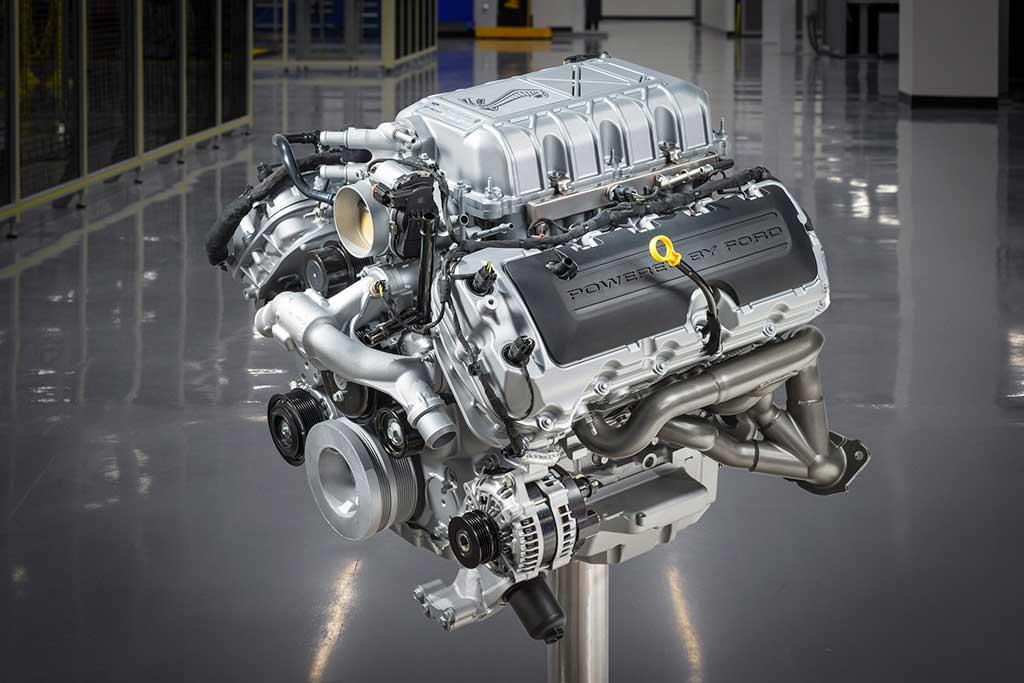 Ford-presenta-el-Mustang-Shelby-GT500-más-poderoso-de-la-historia