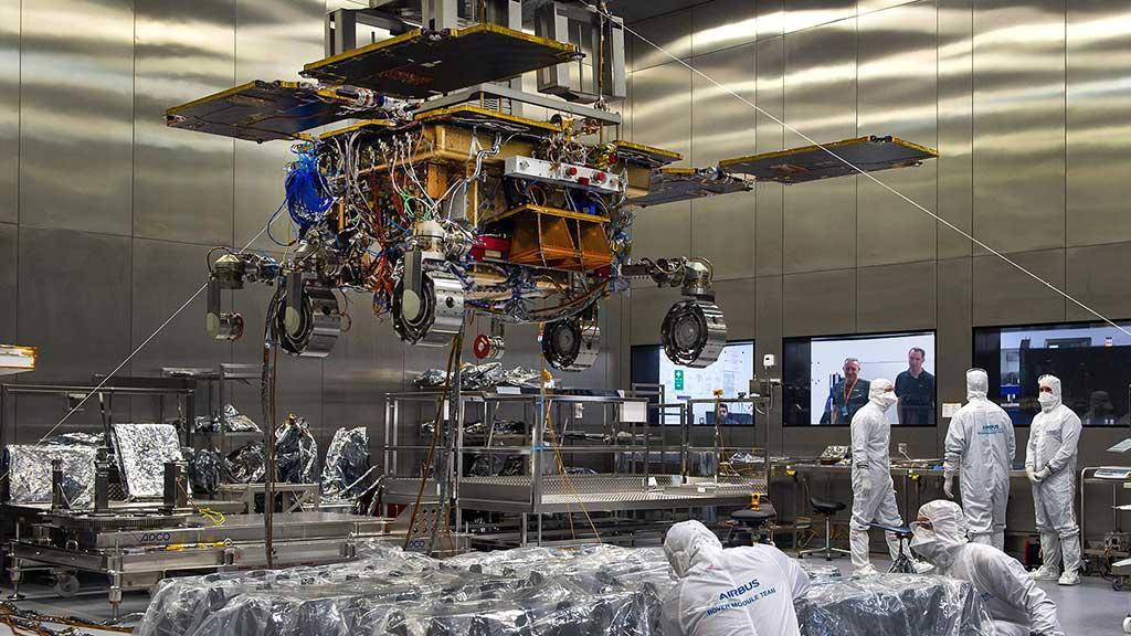 El-rover-ExoMars-construido-por-Airbus-emprende-su-viaje-desde-Reino-Unido
