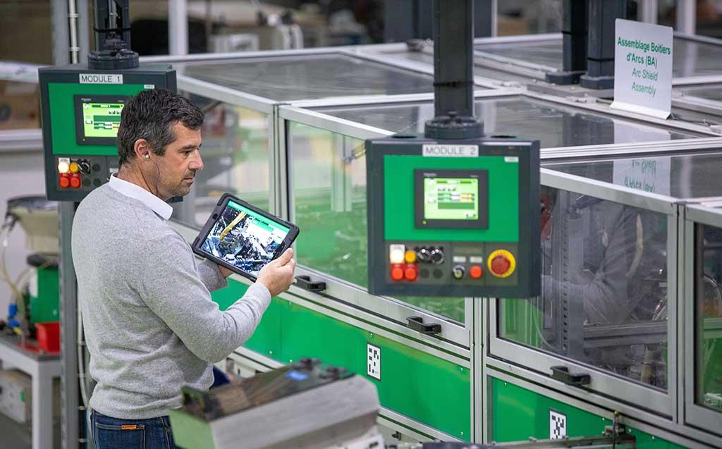 Schneider-Electric-lanza-EcoStruxure-Plant-Performance-Advisors