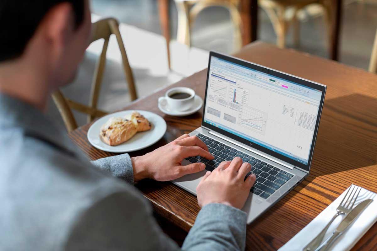 nuevas-portatiles-de-hp-elevan-la-productividad-de-empresarios-equipos-de-it-y-creativos