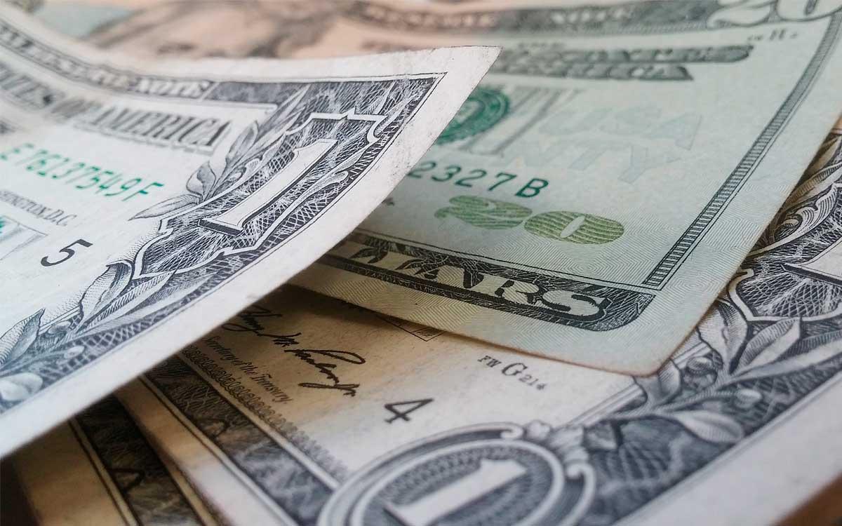 4-beneficios-de-cambiar-dolares-con-cambi-pe