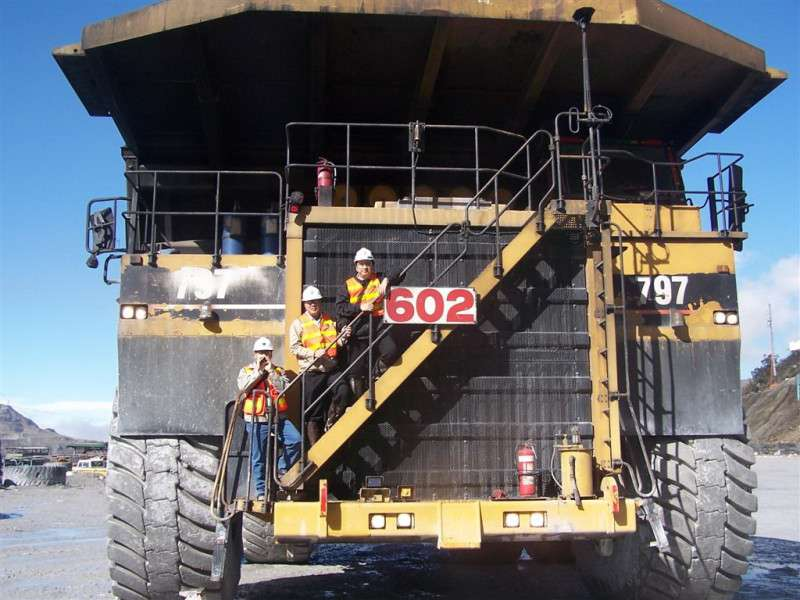 Caterpillar_797_Truck2 wiki