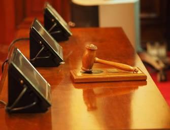 Bývalí uhlobaroni nechtějí před český soud