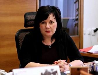Schillerová chce vedení ČEZ sebrat odměny