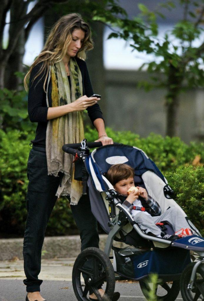 Exclusive - Gisele Bundchen Takes Son Benjamin To The Park