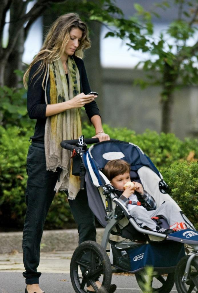 Exclusive - Gisele Bundchen Takes Son Benjamin To The Park