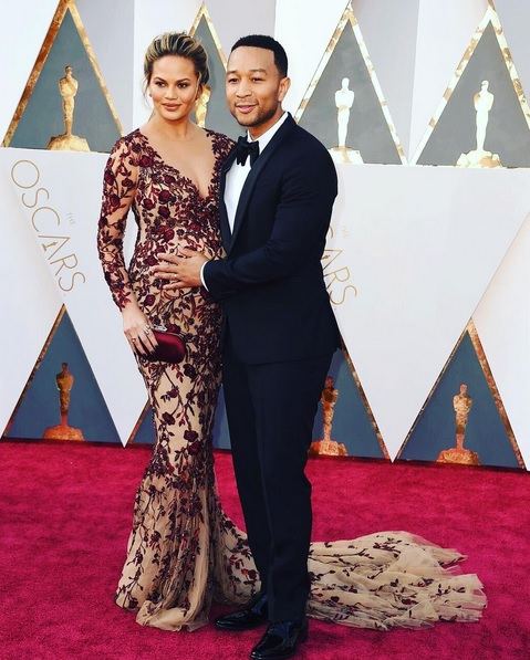 Chrissy-Teigen-si-John-Legend-