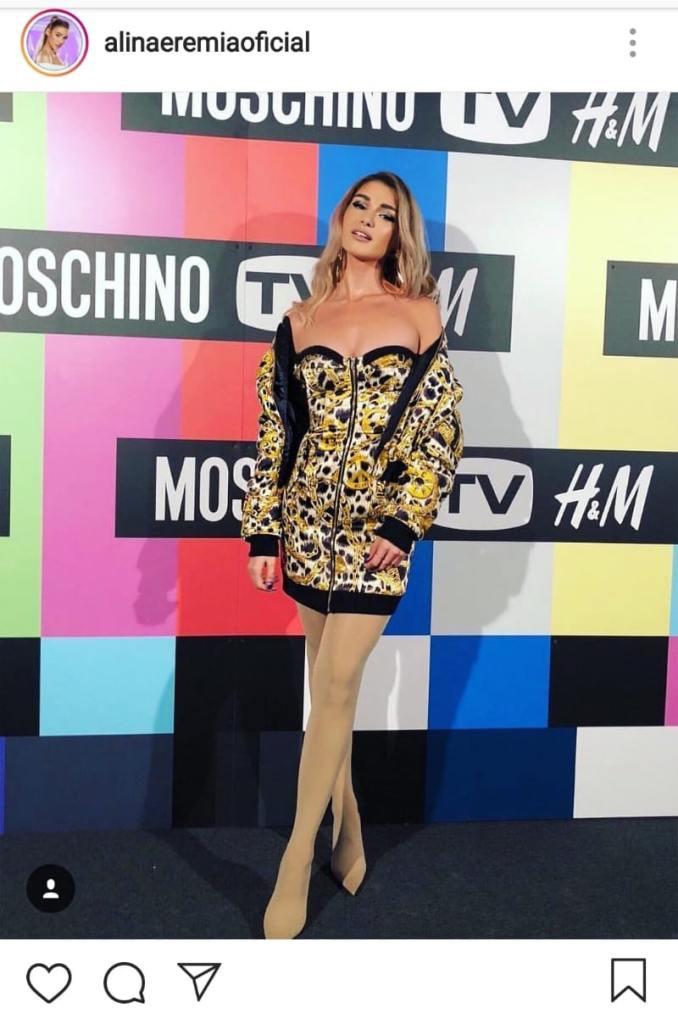 Alina Eremia, în rochie scurtă la eveniment