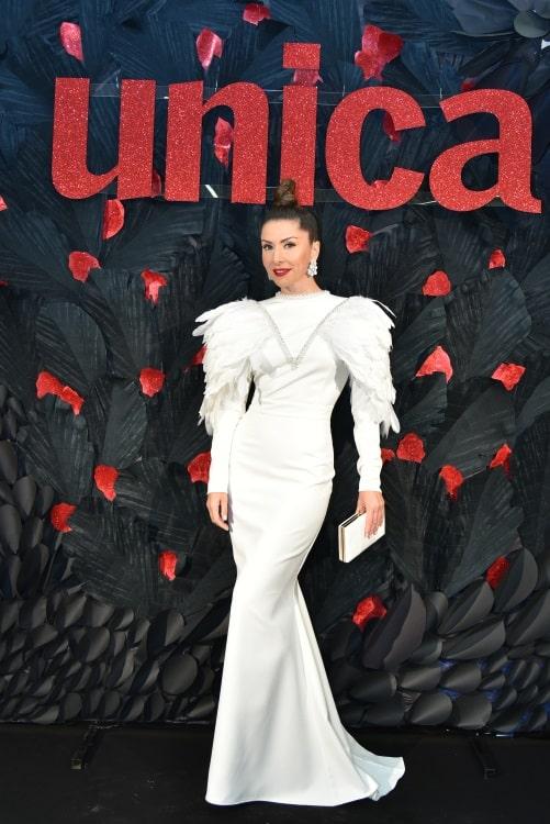 Carmen Brumă a purtat rochie albă la evenimentul Unica
