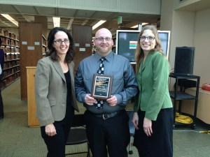 Pictured from left to right: Dr. Lisa Zwicker, Jason Rose, and Alison Stankrauff. Jason Rose wins the 2015 Library Prize. Preface photo/Kayla Smith