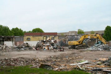 Greenlawn_demolition_roeder_13