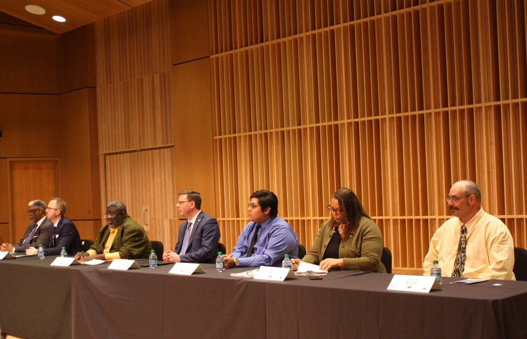 mayoral debate photo