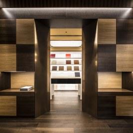 Sala de muestras y puestos de atención personalizada en Diseño de showroom de cocinas para Grupo Ramón García