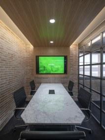 Sala de reuniones en diseño de oficinas Greenalia, The Green Company