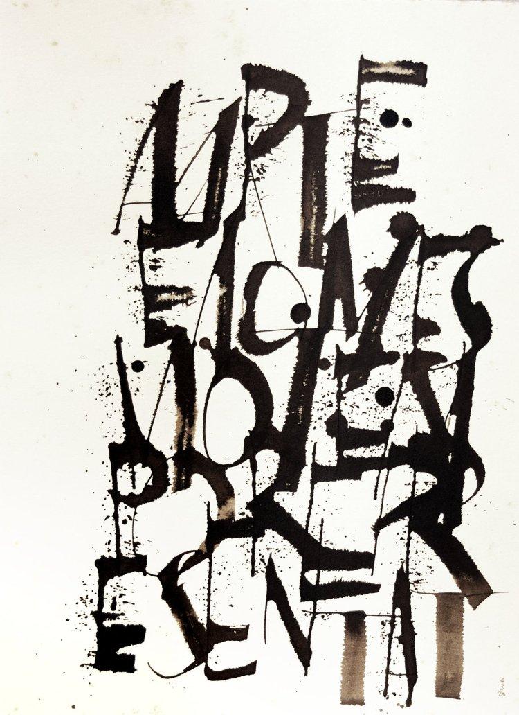 Trabalho de caligrafia em maiúsculas sobre fundo branco