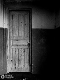 puerta de dirección