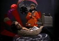 Antonio Drove como Antonio y Judy Stephen como Judy.