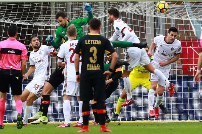 Brignoli gỡ hòa 2-2 cho Benevento ở phút 95 trận tiếp Milan