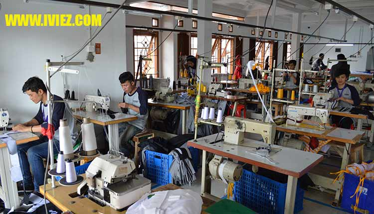 Pabrik Konveksi Baju Seragam Kantor Iviez Bandung 0813-2184-7425