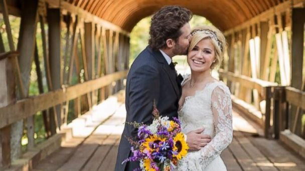 kelly_clarkson_wedding_lpl_131021_16x9_608