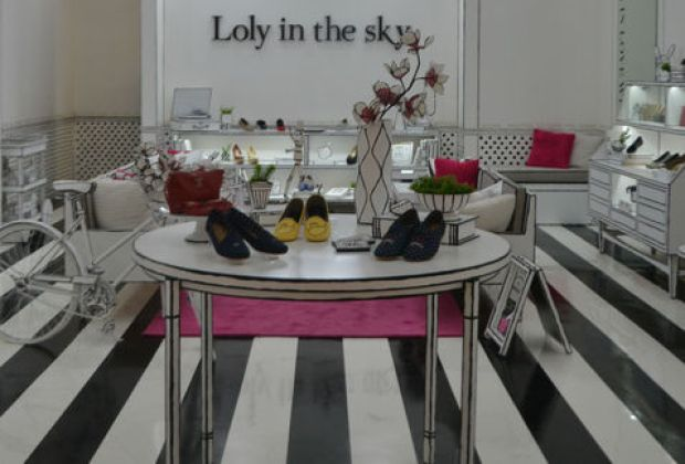 Loly_in_the_sky