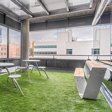 Oficinas MERZ, Diseño de oficinas, gestión del espacio, Ivory