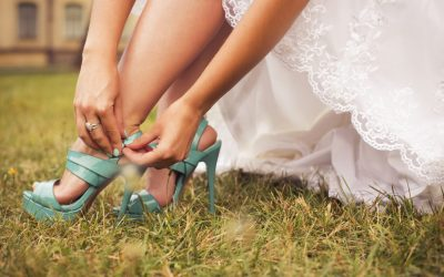 5 Ways to Style Up your Wedding Dress in 2021