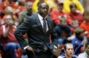 James Jones' Bulldogs scored just 11 points in the first half of their loss to Harvard. (vnews.com)