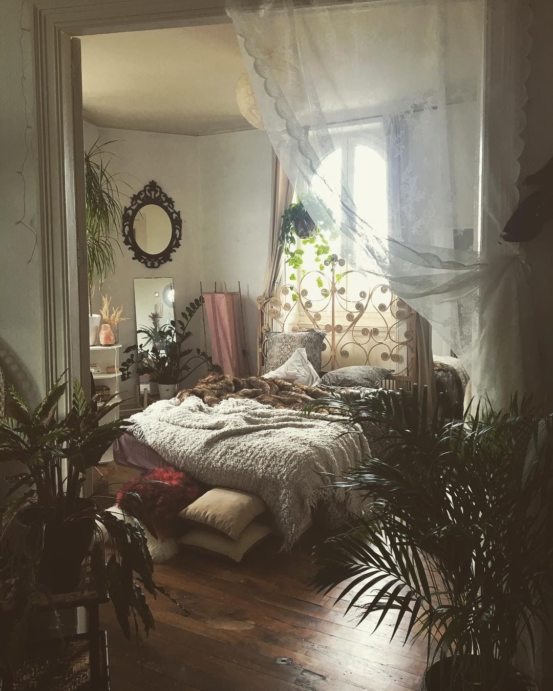 Top 10 Cottagecore Room Essentials – ivy nook + co.