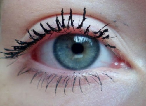 makeup mistakes to avoid ivy eye lashes