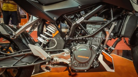 KTM Duke dan RC200 (8)