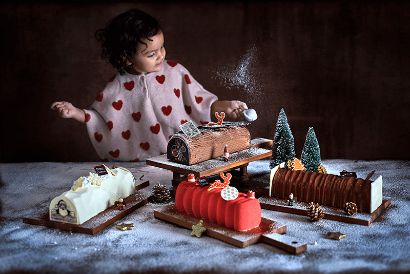 St. Regis Singapore Christmas Log Cake 2019