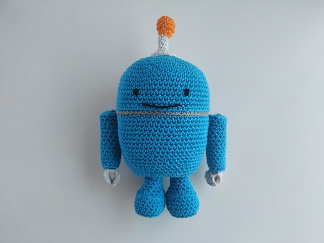 amigurumi ρομπότ