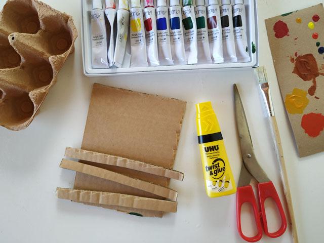 υλικά για χειροποίητη στάμπα από χαρτόνι