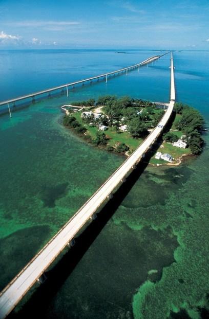 Seven Mile Bridge in Florida