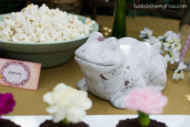 Garden fairy party decoration ideas: stone toad garden ornament