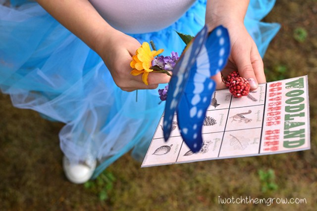 Garden fairy party games: woodland scavenger hunt