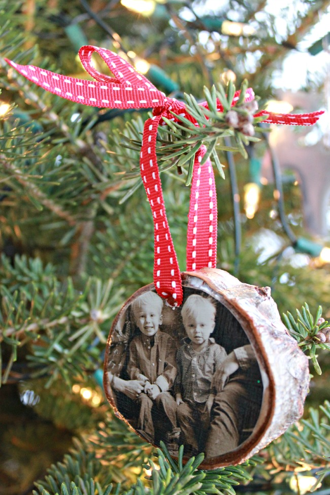 3/5 Handmade family memory Christmas tree decorations - birch slice photo ornaments