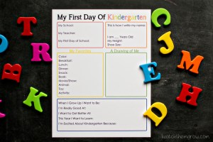 Free printable first day of school printable for kindergarten - this will be such a cute keepsake!!
