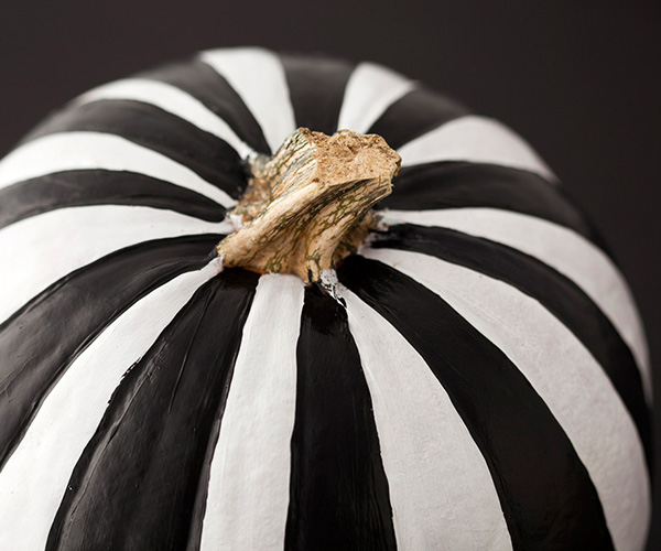Black and white striped pumpkin - black and white Halloween party ideas