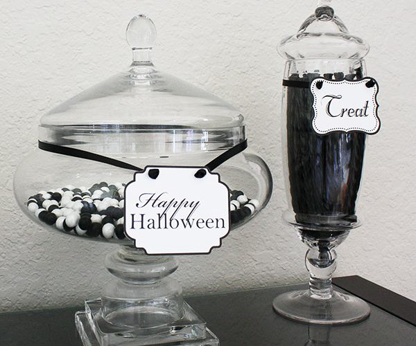 Printable treat labels - black and white Halloween party ideas