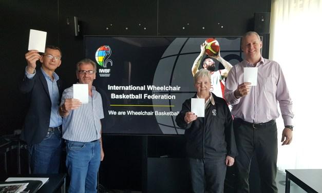 Wheelchair basketball community raises the #WhiteCard for #IDSDP2018