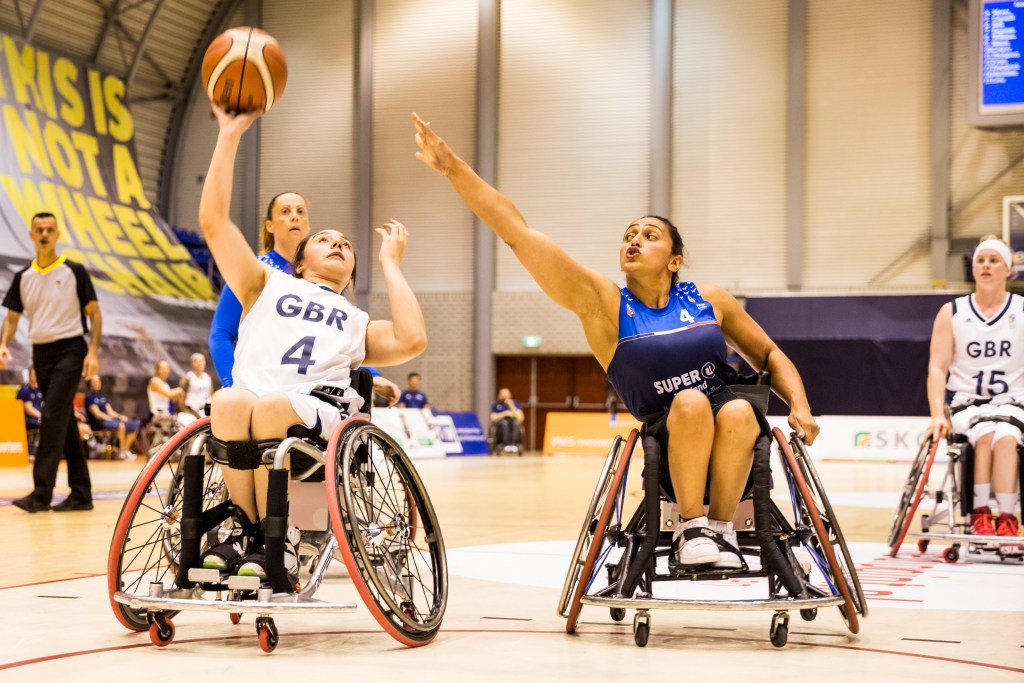 Charlotte Moore (#4, Great Britain), Sandrella Awad (#4, France); Great Britain - France, ECWA 2019, Topsportcentrum Rotterdam, Rotterdam (Netherlands)  Photo credit - Steffi Wunderl